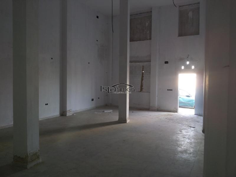 Isl ntica inmobiliaria local en zona muelle de isla - Inmobiliaria isla cristina ...