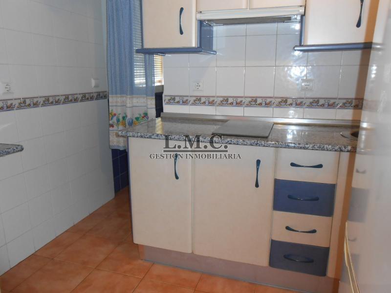 Ref 3131 piso en zona centro de isla cristina huelva for Piso huelva centro