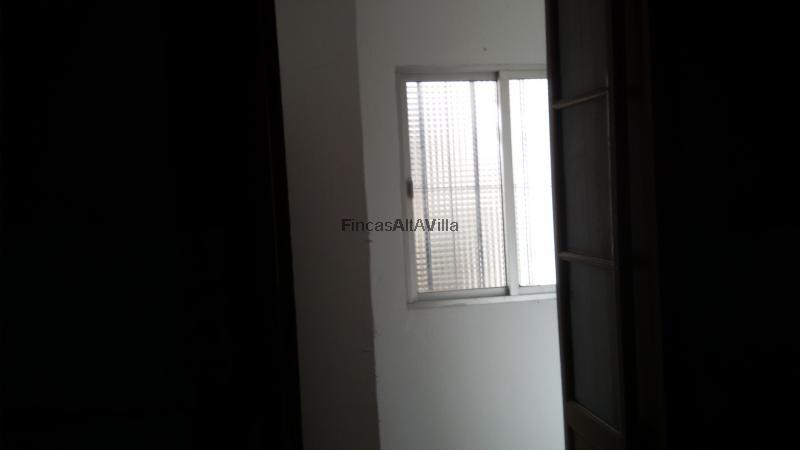 Ref 2610 Oficina En Zona Centro De Ayamonte Huelva