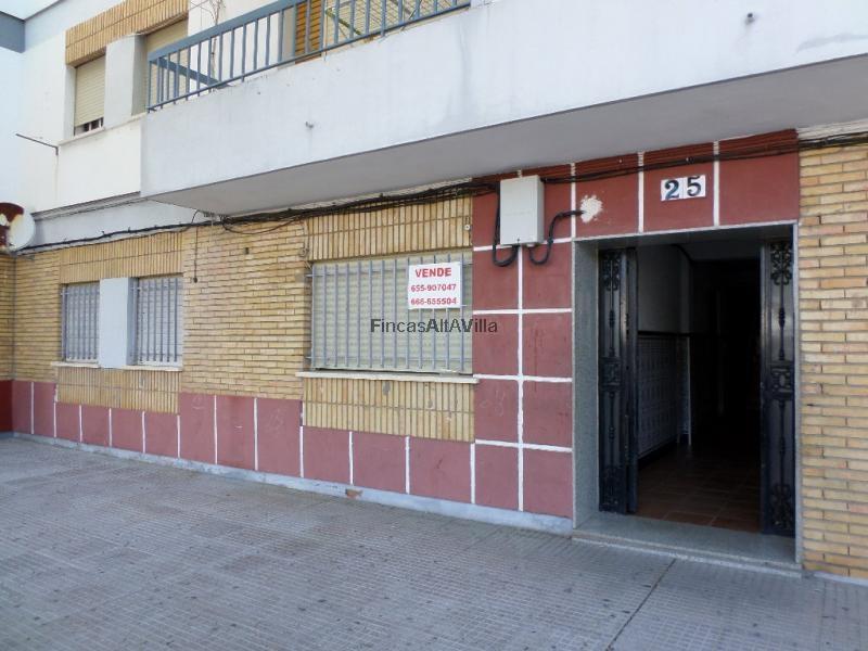 Ref 2422 piso en zona salon de santa gadea de ayamonte huelva for Fotos de salones de pisos