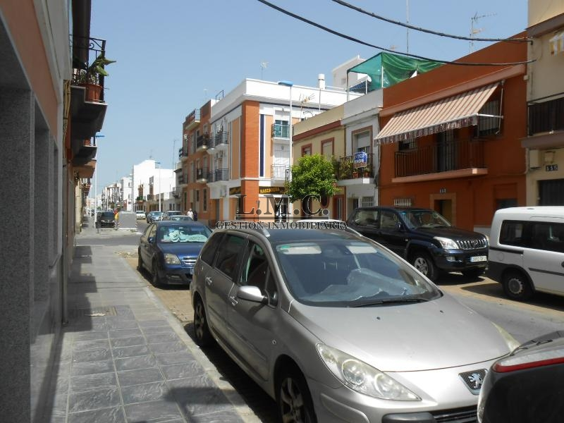 Ref 3189 piso en zona centro de isla cristina huelva for Piso huelva centro