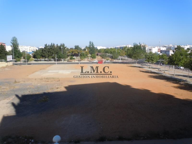 Lmc inmobiliaria piso en zona avda del carnaval antigua - Inmobiliaria isla cristina ...