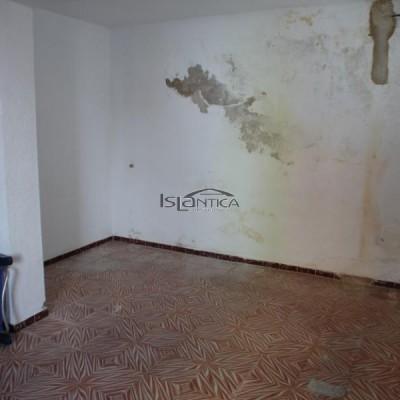 2428 Local Centro Isla Cristina