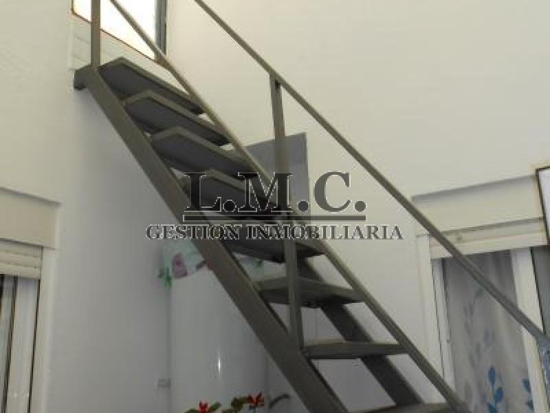 LMC INMOBILIARIA Casa Centro Ciudad y local comercial Isla Cristina HUELVA