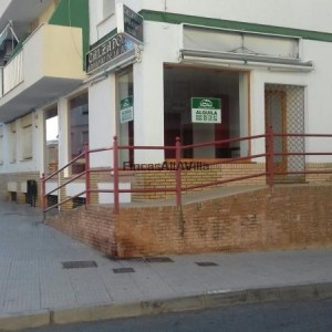 Local 80m² hab.3 SALON Ayamonte