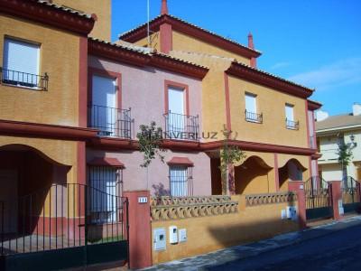 INVERLUZ, S.L. Adosado pinares de lepe Lepe HUELVA