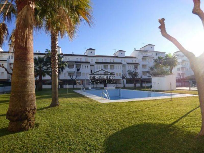 Gestión Inmobiliaria La Antilla Bajo con jardín Playa de La Antilla La Antilla