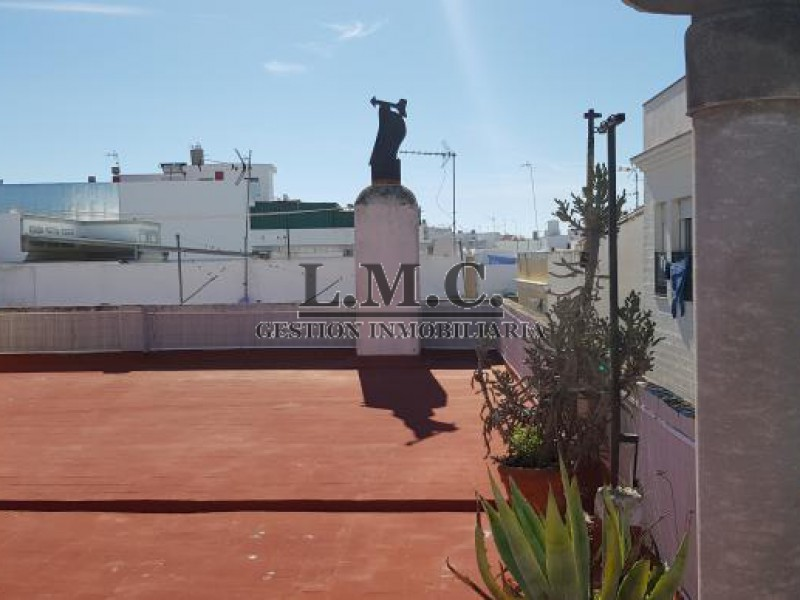 LMC INMOBILIARIA Piso Ria Isla Cristina HUELVA