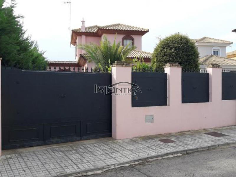 Islántica Inmobiliaria Chalet Villa Antonia Isla Cristina HUELVA