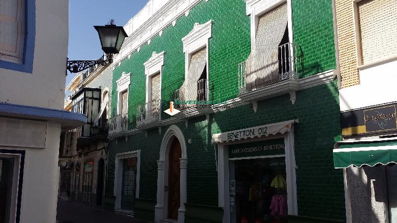1 LOCAL, PZ. LA LAGUNA Y 8 VIVIENDAS, CL.CRISTOBAL COLÓN, 19 - AYAMONTE (HUELVA)